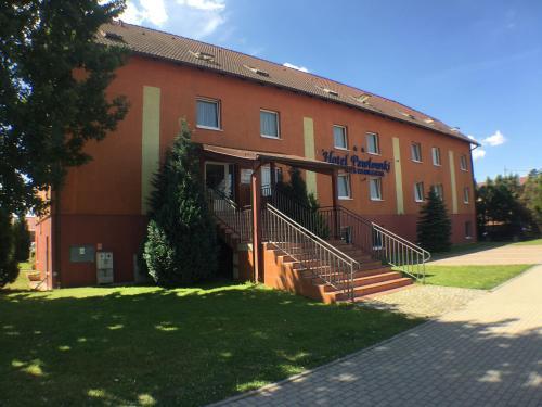 . Hotel Pawłowski