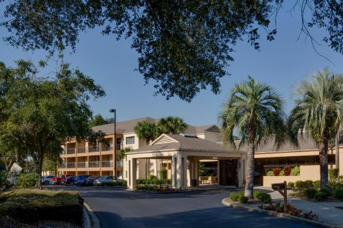 . Courtyard by Marriott Ocala