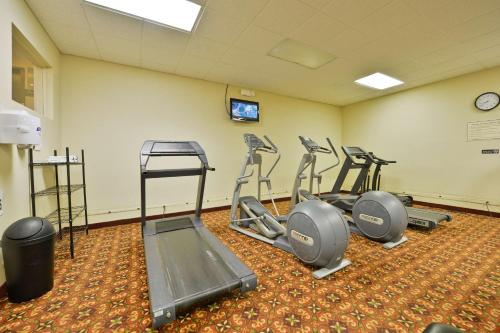 Best Western Plus La Porte Hotel & Conference Center - LaPorte, IN 46350