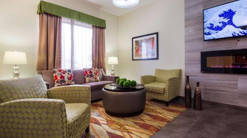 Best Western Plus Fairview Inn & Suites - Fairview, OK 73737