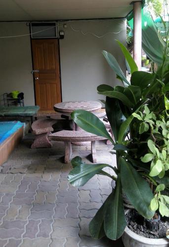 Anurak Guesthouse photo 6