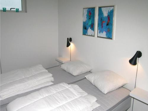 Three-Bedroom Holiday home Frederikshavn with Sea View 03, Pension in Strandby