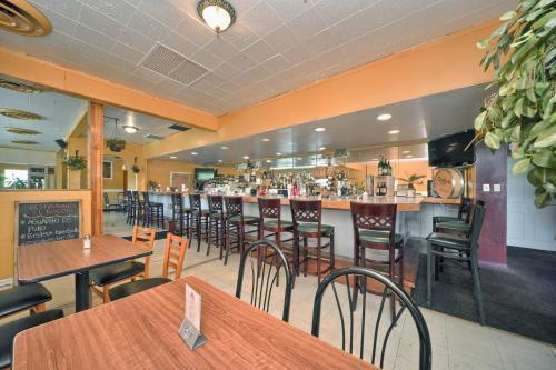 Red Carpet Inn - Stamford - Stamford, CT 06902