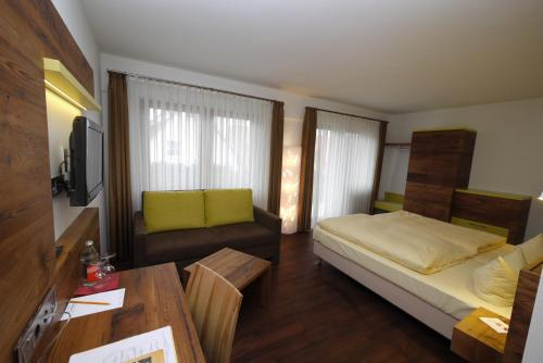 10 B B S In Freiburg Germany From 41 Book Now