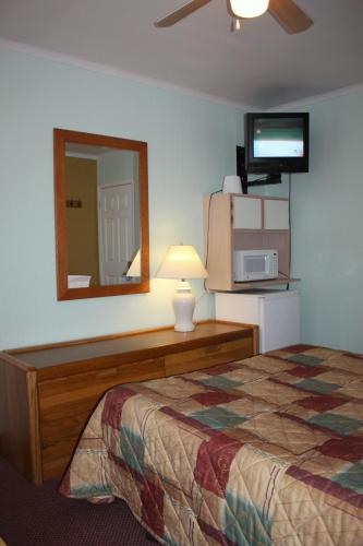 Key West Hotel - Wildwood, NJ 08260