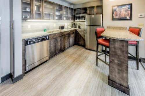 Hotels With In-Room Kitchens In Columbus, Ohio - Updated ...