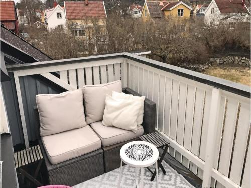 Three-Bedroom Holiday Home in Bromma photo 3