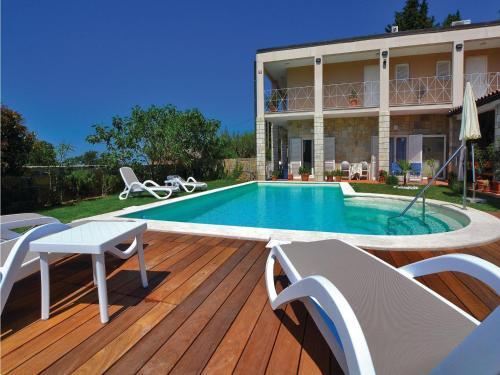 Apartment Izola with Sea View 05