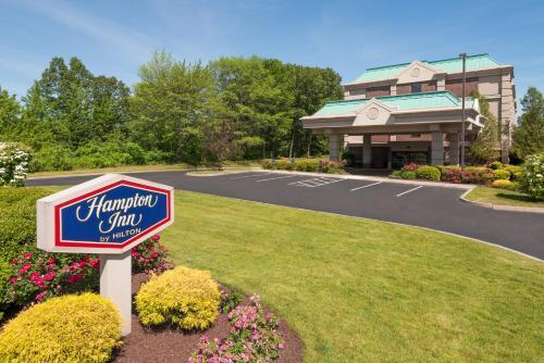 Hampton Inn Hartford Airport - Windsor, CT CT 06095