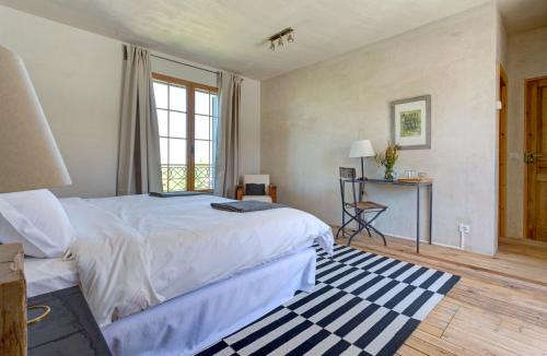 Deluxe Double or Twin Room with Lake View Finca Fuente Techada - Adults Only 6