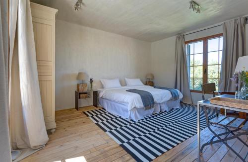 Deluxe Double or Twin Room with Lake View Finca Fuente Techada - Adults Only 5