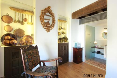 Deluxe Double or Twin Room Hotel Patria Chica 6
