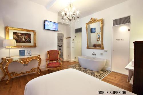 Habitación Doble Superior - 1 cama extragrande o 2 individuales Hotel Patria Chica 12