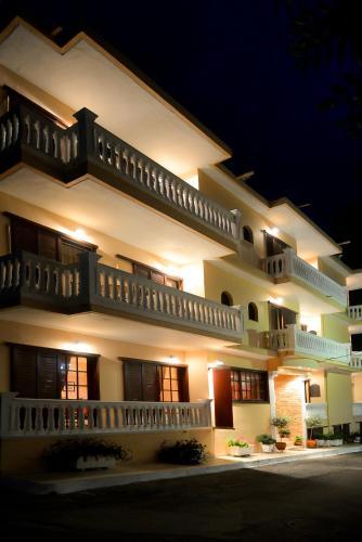 . Hotel Kastri