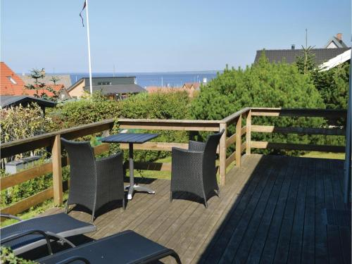 Three-Bedroom Holiday home Farsø with a Fireplace 03