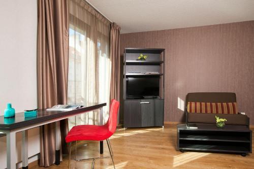 Residhome Metz Lorraine - Hotel - Metz