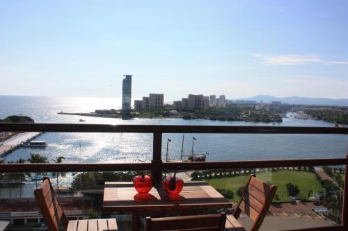 HotelOcean view Deck 12