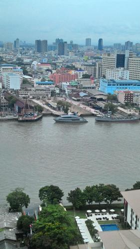 Baan Sathorn Riverfront photo 50