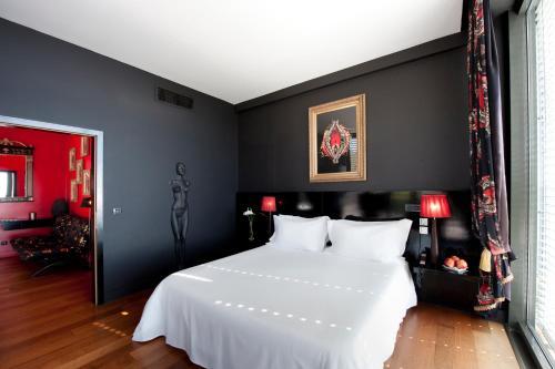 Farol Hotel - Photo 3 of 55
