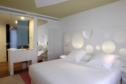 Room Mate Pau impression