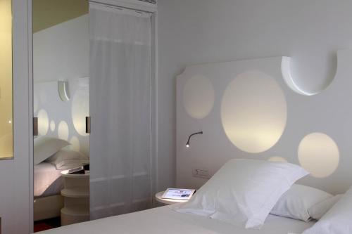 Room Mate Pau photo 6