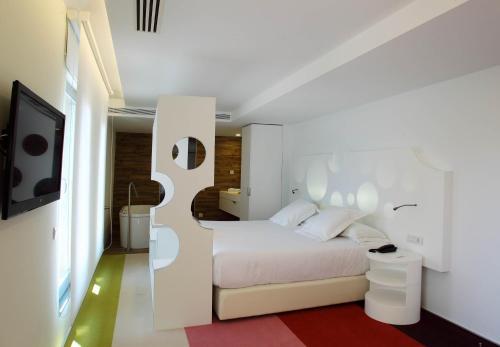 Room Mate Pau photo 18