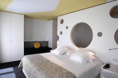 Room Mate Pau photo 50
