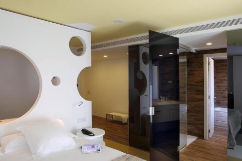 Room Mate Pau photo 52