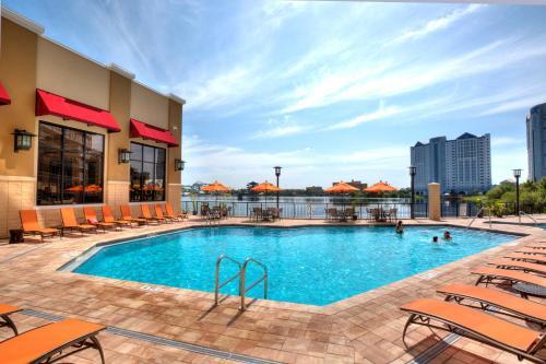 Ramada Plaza Resort & Suites by Wyndham Orlando Intl Drive photo 18