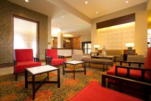 Ramada Plaza Resort & Suites by Wyndham Orlando Intl Drive photo 20