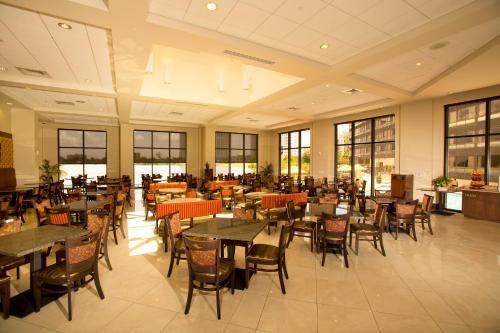 Ramada Plaza Resort & Suites by Wyndham Orlando Intl Drive photo 25