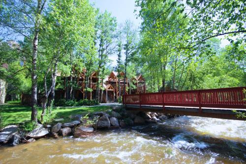 Streamside On Fall River - Estes Park, CO 80517