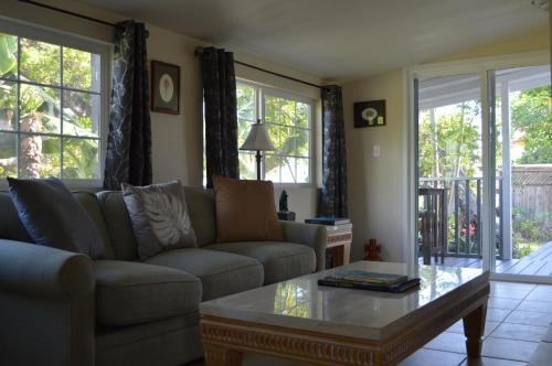 The Lahaina Beach House - Lahaina, HI 96761