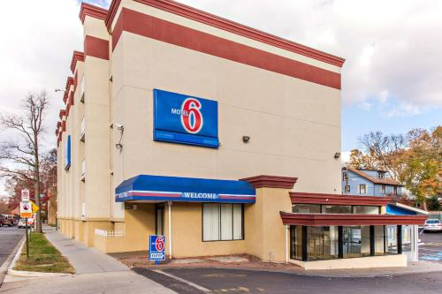 Motel 6-Washington DC