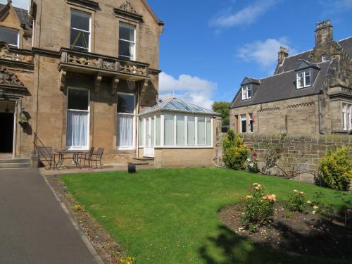 Duthus Lodge Guest House photo 89