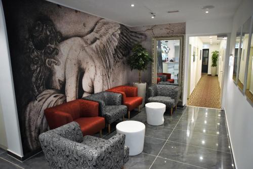 . Hotel Santiny