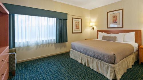 Best Western De Anza Inn - Monterey, CA 93940