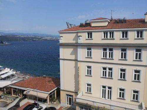 Apartments Bernard 50m From The Sea