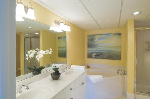 Wyndham Vacation Resort Panama City Beach - Panama City Beach, FL 32413