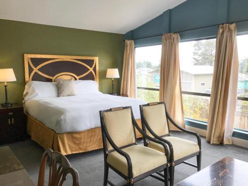 . Bodega Bay Inn