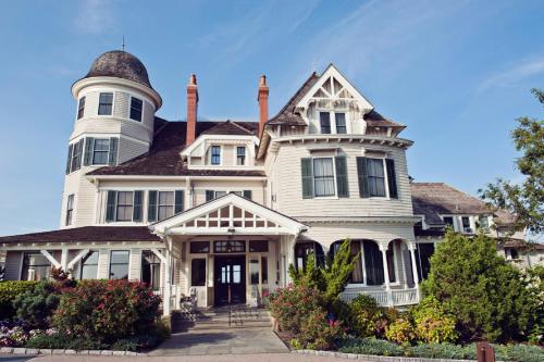 Castle Hill Inn - Accommodation - Newport