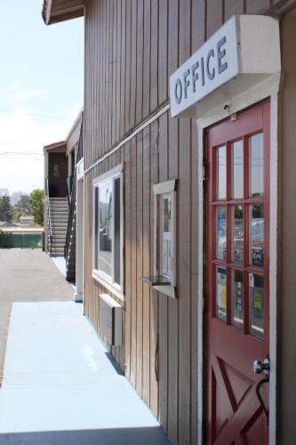 Beachway Inn - Arroyo Grande, CA 93420