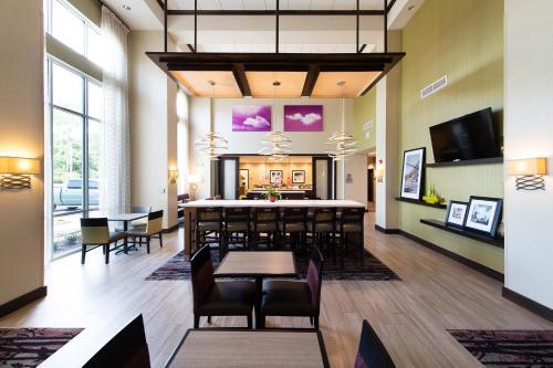 Hampton Inn & Suites Walterboro in Walterboro