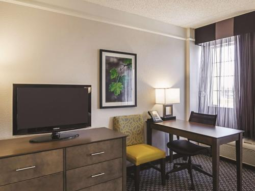 La Quinta Inn & Suites By Wyndham Denver Tech Center - Englewood, CO 80112