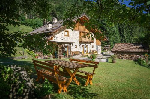 Accommodation in Daone