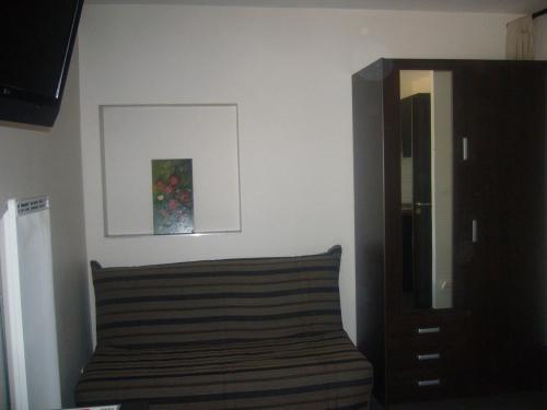 Gites le Joli Fou - Hotel - Rémilly