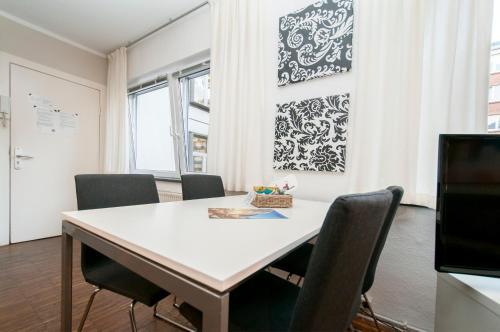 Appartements in der historischen Deichstrasse photo 26