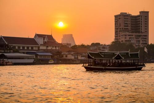 The Peninsula Bangkok photo 64
