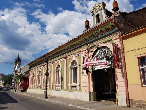 HotelPensiunea Casa Rusu
