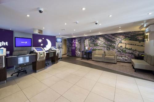 Premier Inn London Edgware photo 29